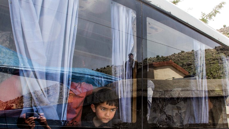 LEBANON-SYRIA-CONFLICT-EVACUATION