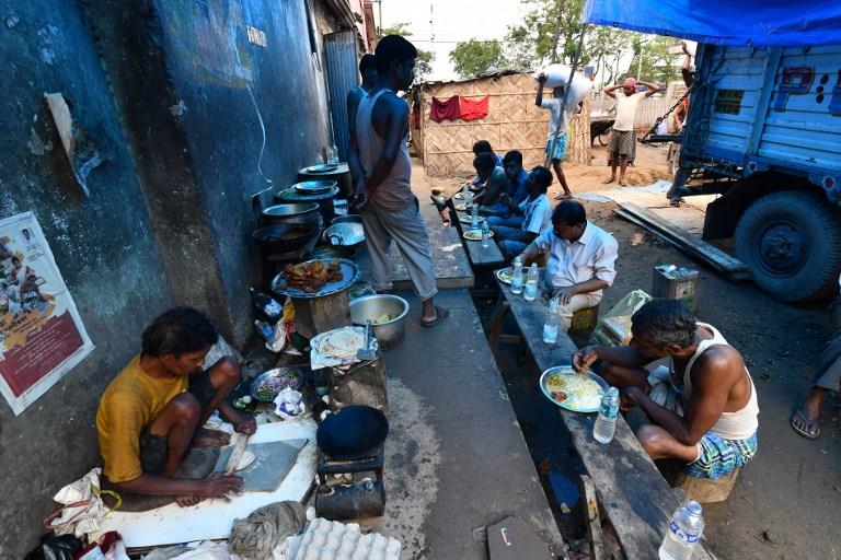 INDIA-ECONOMY-LABOUR